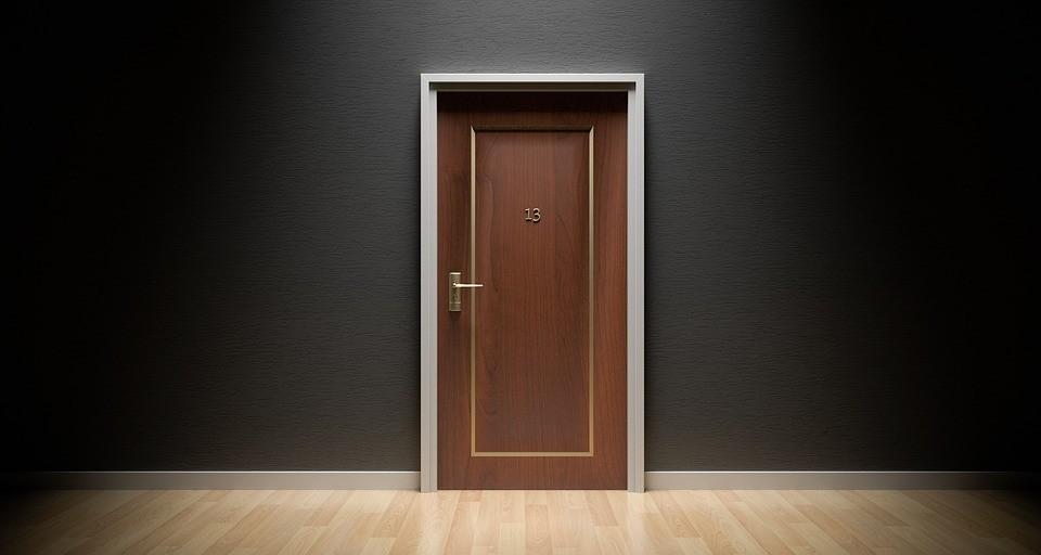 Смяна на интериорни врати