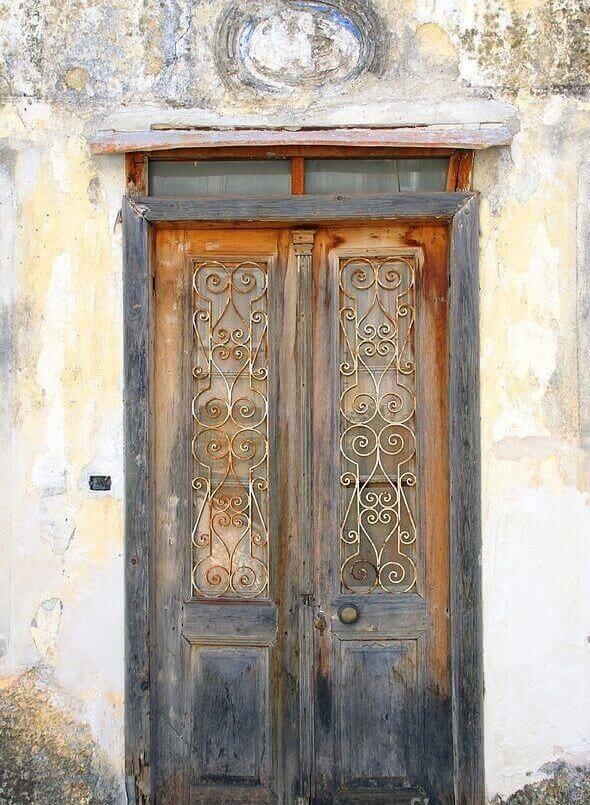 Входна врата от древността